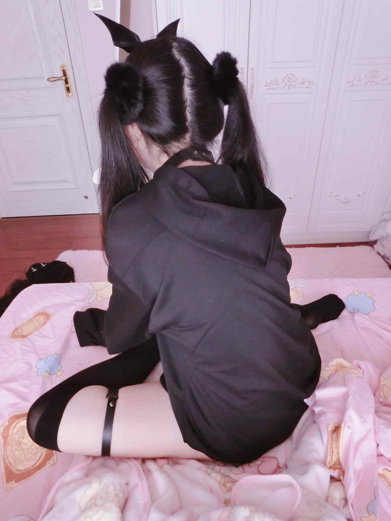 极品萝莉工口小妖精套图全套[5.5G+10LB]